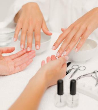 manolimolina-motril-centro-de-estetica-inicio-tratamiento-manicura-y-pedicura-1